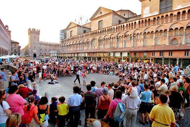 I migliori spettacoli per eventi nelle Marche Umbria Abruzzo
